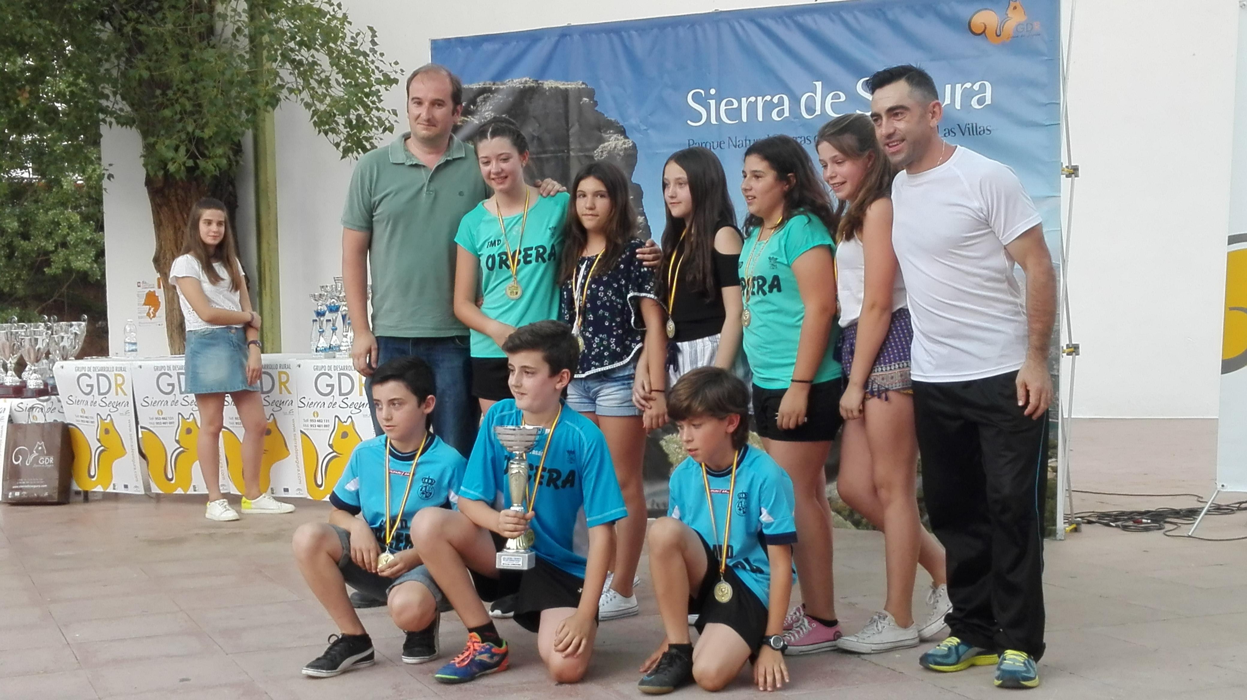 Gala del deporte comarcal en la puerta 10 6 17 deporte for Piscina municipal de orcera